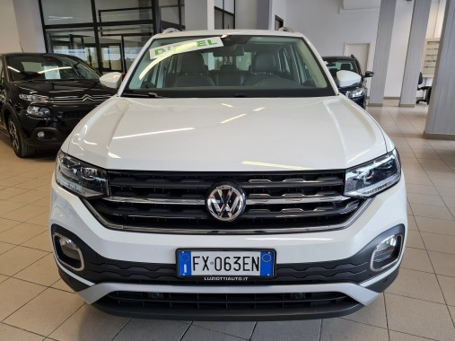T-CROSS 1.6 TDI DSG ADVANCED